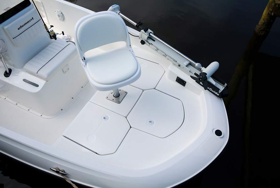 Bayliner Element F16 Center Consol Boat